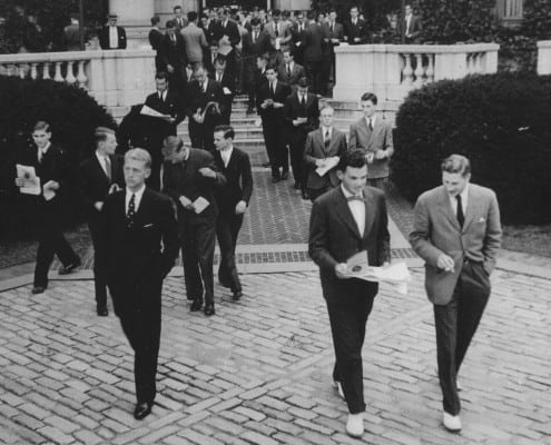 Yale students in more formal Ivy attire