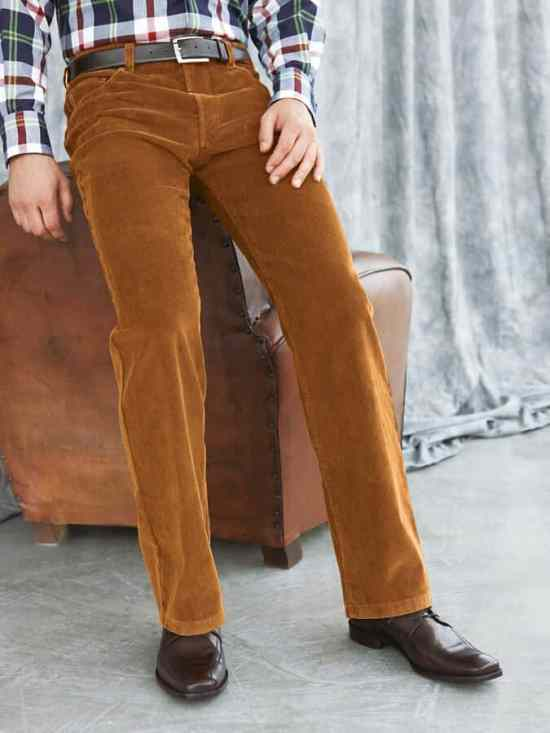 Corduroy pants are an exceptional way to add sophistication to a casual outfit