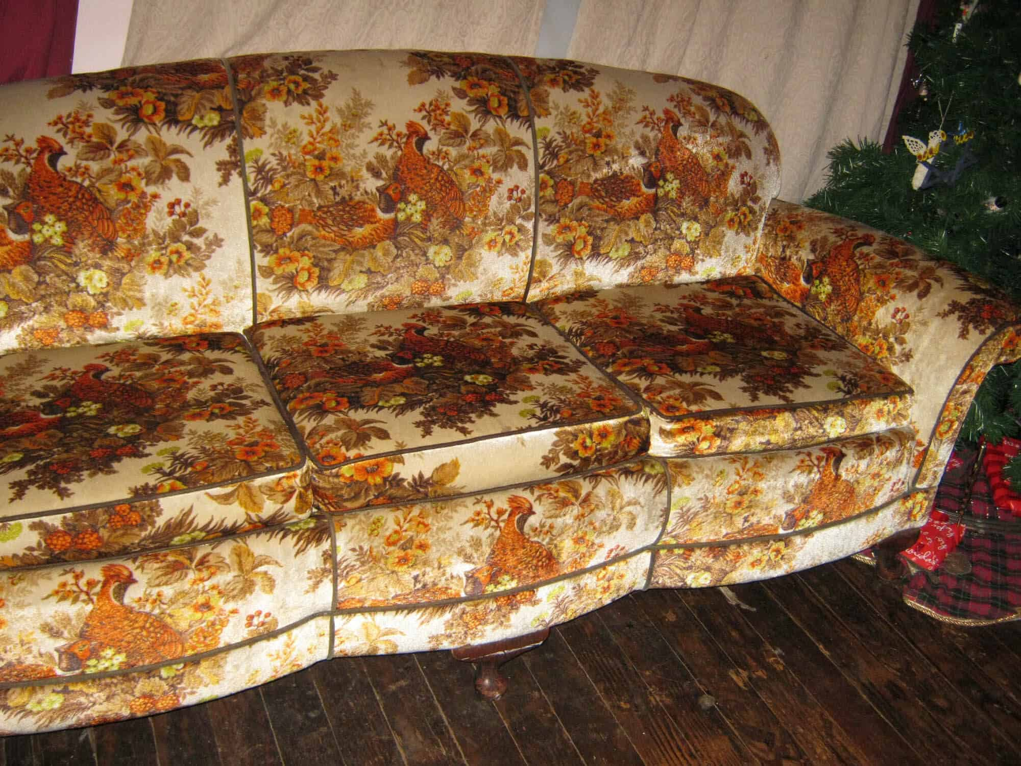 Sofas Chesterfield Amp Club Chair Primer