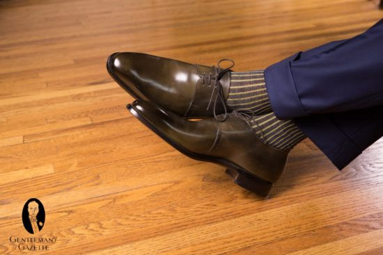 Olive green shoes with navy trousers