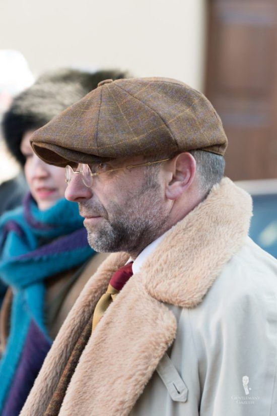 Pascal Zimmer from Luxembourg with Newsboy Cap, Vintage glasses and shearling collar and lapel