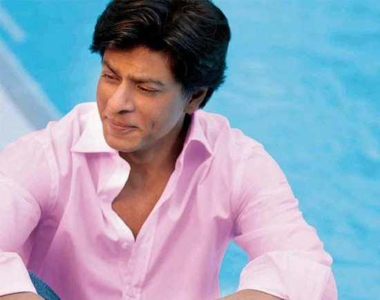 Shahrukh Khan wearing pink
