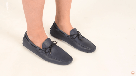 Tod's blue driving mocs