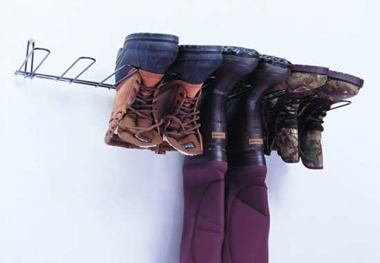 Hanging boot rack