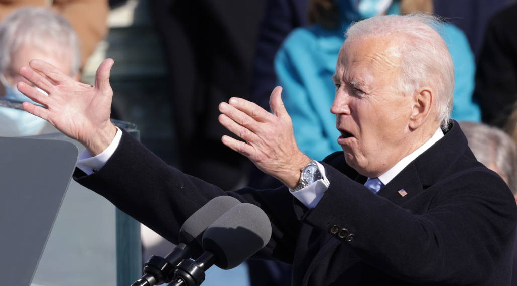 Biden at the inauguration wearing a Rolex Datejust and t-bar cufflinks - note he leaves the bottom button of his 4 wrist buttons on his overcoat undone. Also his collar gaps