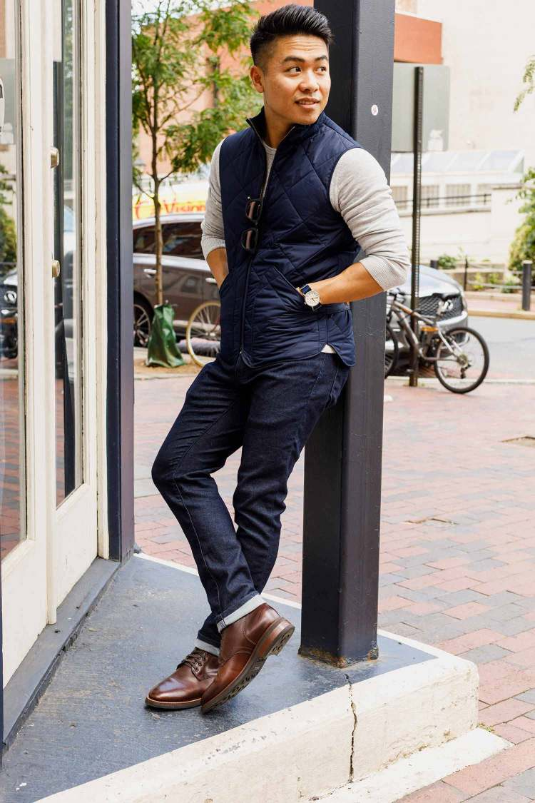 How To Wear Plain Toe Boots 2