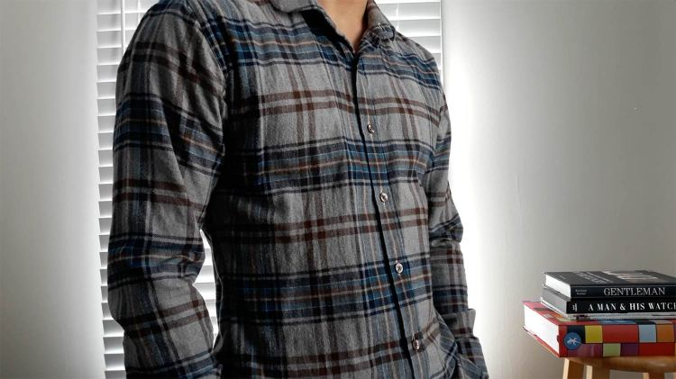 How A Flannel Shirt Should Fit