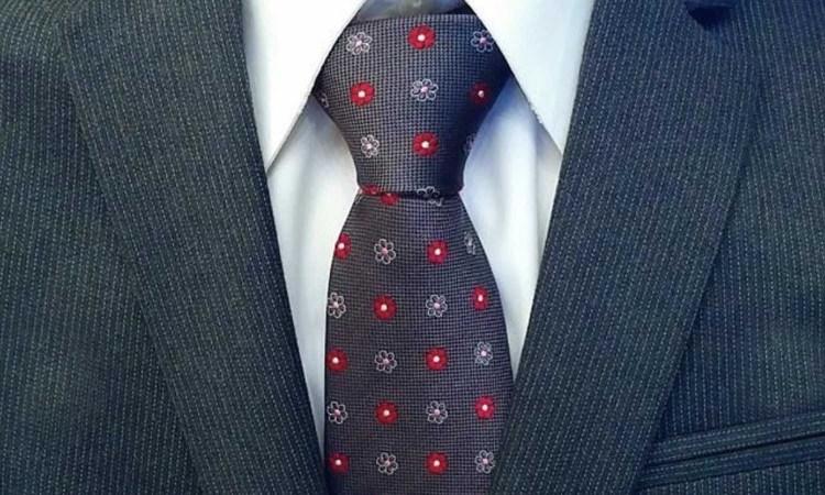 The Dark Knot Necktie