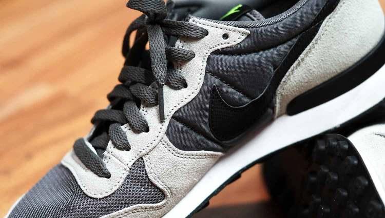 Nike Internationalist Suede Nylon Mesh Upper Detail