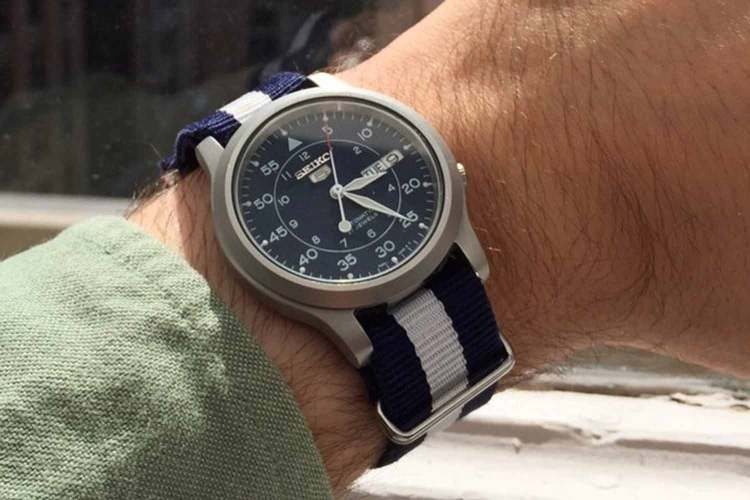 Seiko 5 SNK807 Field Watch