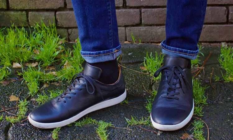 geller trainer on feet 3