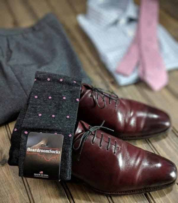 pink dotted grey socks chili wholecuts