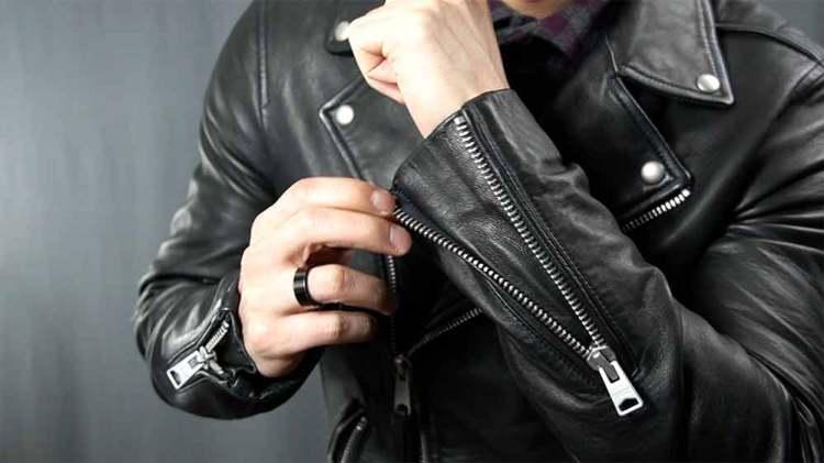 sleeve zipper details