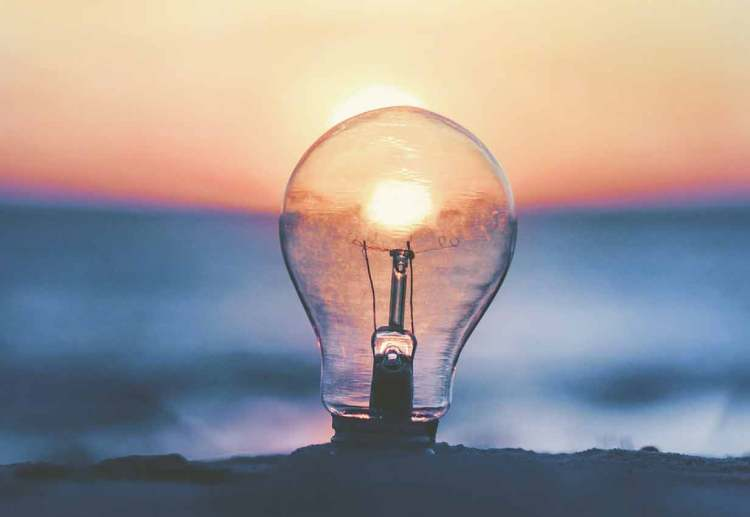 tip 6 be creative lightbulb
