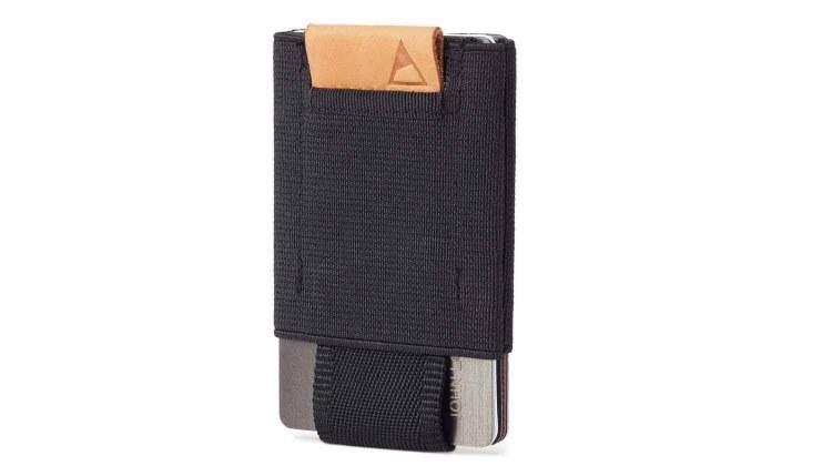 nomatic front pocket wallet