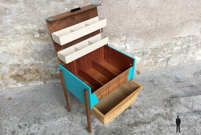 meuble vintage de couture relooke bleu bois osier