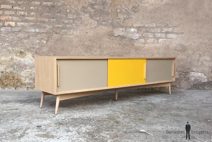 meuble tv en chene avec 3 portes coulissantes beige et jaune