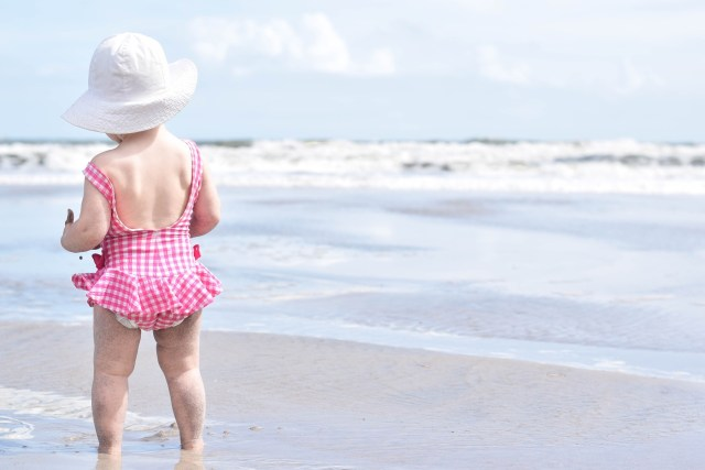 Minimalist Packing List for a Beach Vacation with Baby