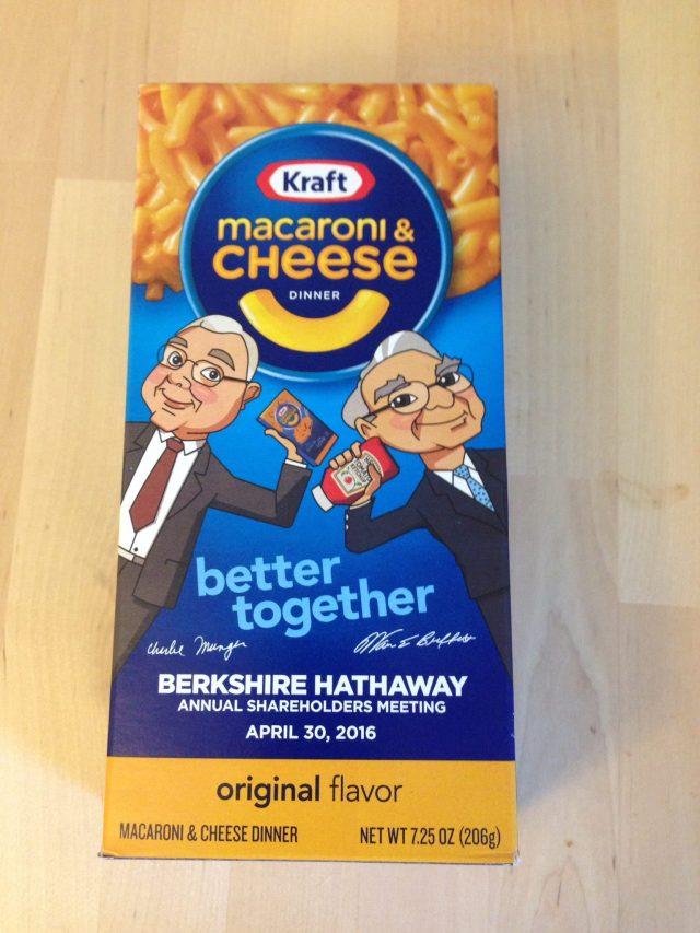 Kraft Dinner Charlie Munger and Warren Buffett