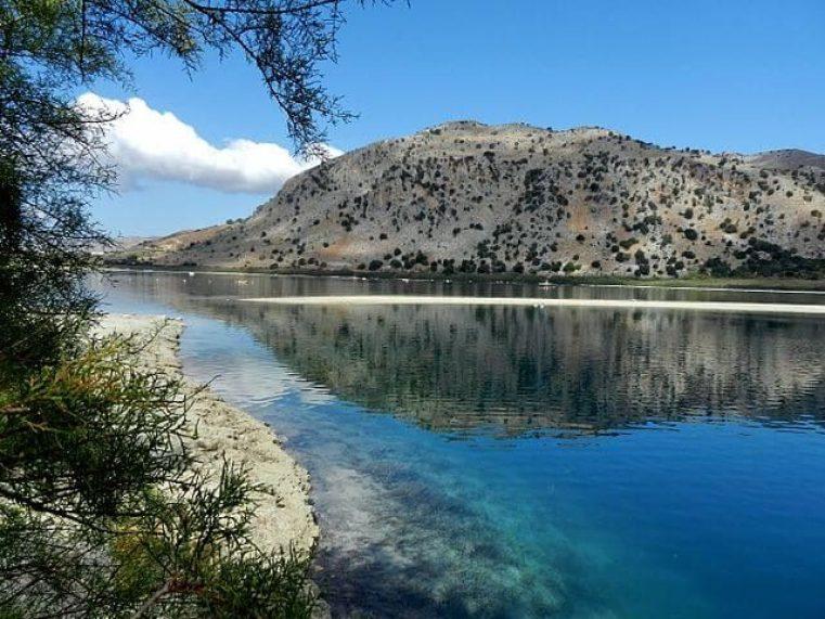lac kournas serpent lac de kournas avis randonnee lac de kournas georgia's kournas lac de kournas restaurant lac de kournas meteo lac kournas profondeur tour du lac de kournas