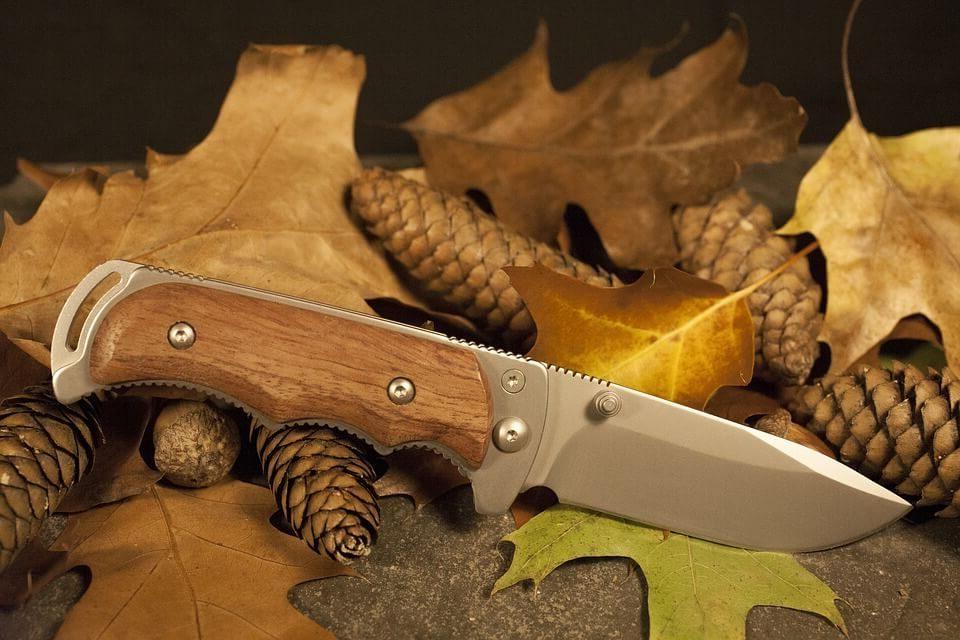 couteau de survie militaire couteau de survie multifonction couteau de survie pliant couteau de survie haut de gamme couteau de survie rambo couteau de survie gerber