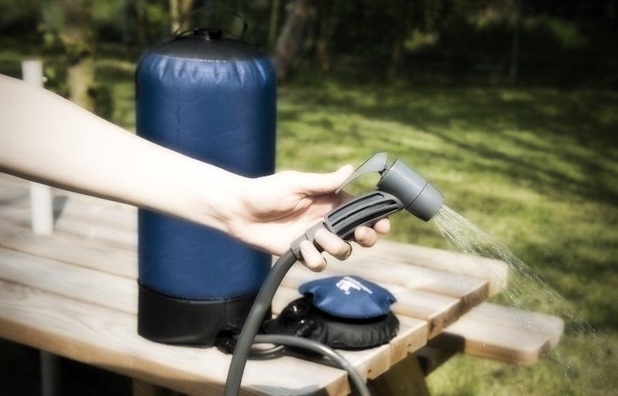 choisir meilleure douche portable camping et voyage