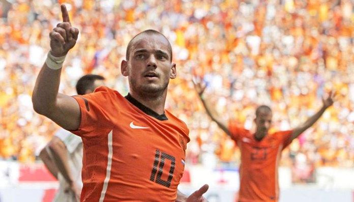 dutch midfielder sneijder calls time on international career | sports Dutch midfielder Sneijder calls time on international career | Sports 184748 9704340 updates