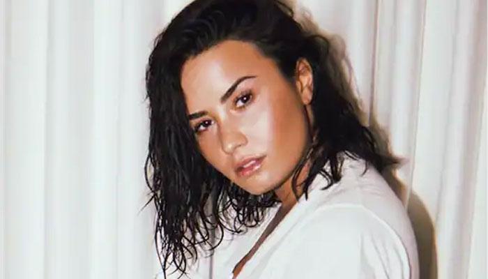 349204 8594468 updates Demi Lovato sheds light on 'daily' eating disorder struggle