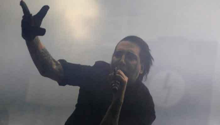 351960 3037840 updates Police issue arrest warrant for singer Marilyn Manson