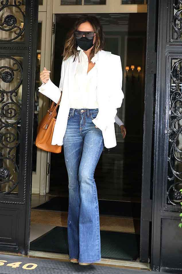 352229 8280051 updates Victoria Beckham flaunts her jaw-dropping fashion looks in NYC