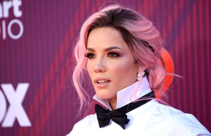 352374 9911223 updates Halsey basks in motherly glow in latest snap