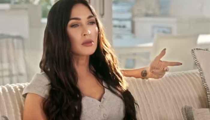 352376 4732478 updates Megan Fox stuns on '2021 iHeartRadio Music Awards' red carpet