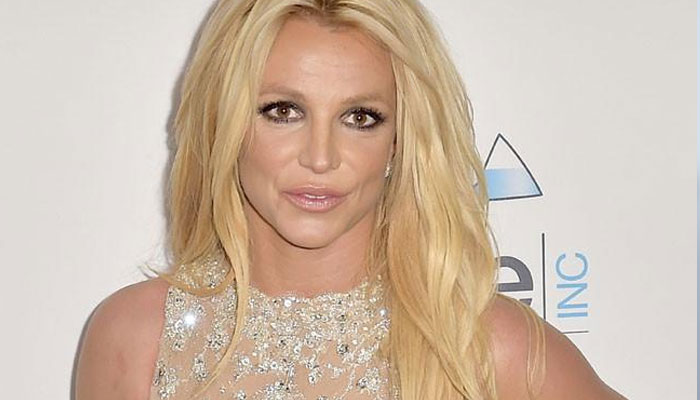 356775 7776984 updates Britney Spears bashes managers: 'They don't even see me'