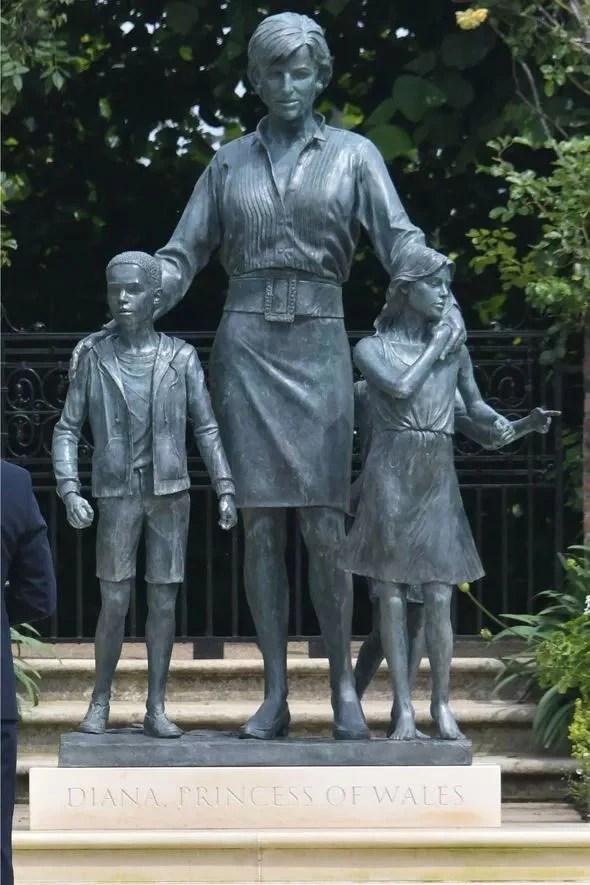 357973 7966202 updates Kensington Palace explains why Princess Diana's statue includes kids