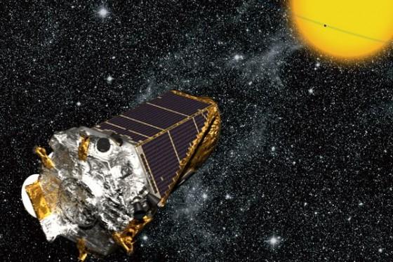 KeplerSpacecraftInSky-br