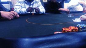 hawaiian-gardens-poker-table