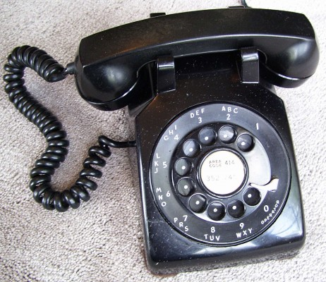 Model500Telephone1951