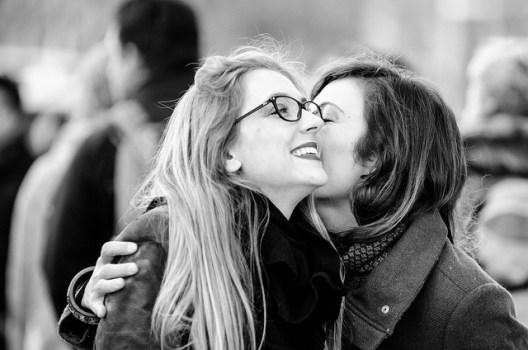 women-hug