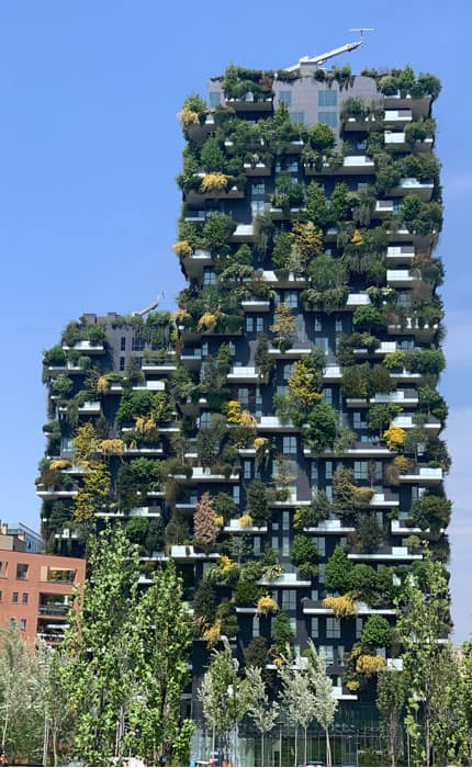 Bosco Verticale building in Milan, Italy. Photo: Plflcn, MediaWiki Commons, CC BY-SA 4.0