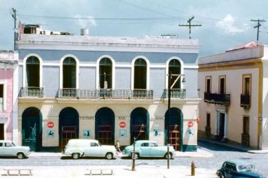 100 Calle San Sebastián, Victory Bar (1954)