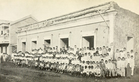 Public School in Manatí.