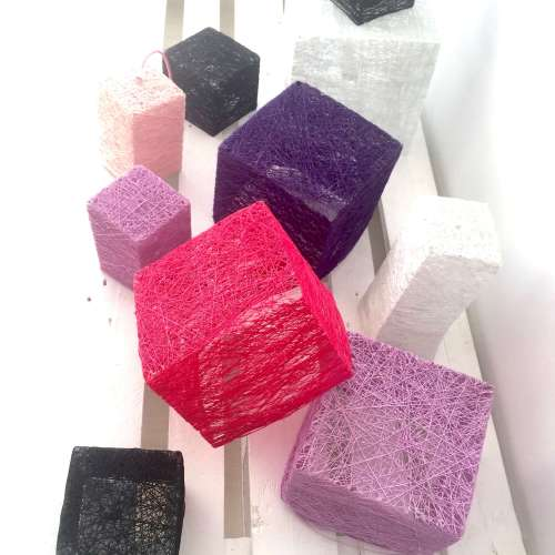Lámpara de suelo o mesa cubo artesanal hecha a mano