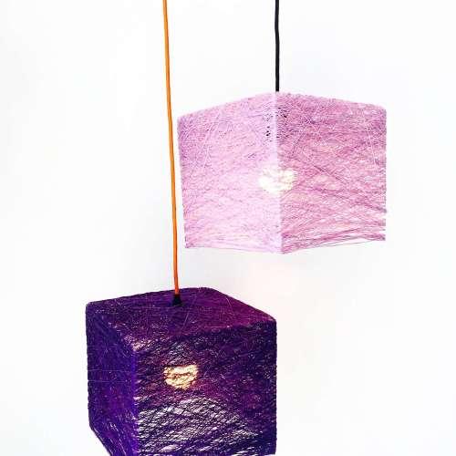 Lámpara de pared con interruptor y enchufe CUBE