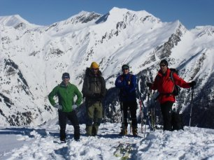 Am Gipfel des Karkogels (2.087m): v.l. Georg, Wastl, Thomas, Dietmar