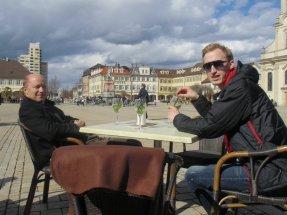 Endlich erlebten wir Ludwigsburg mal anders: Ohne Siedeln - da lässt sich's leicht chillen am Marktplatz des Barockstädtchens