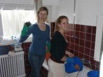 """""""Putzkolonne"""": Susi und Kathi"""