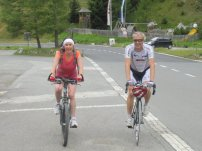 Am Piffkar: Renate und Dietmar haben unterschiedliche Reifenbreiten