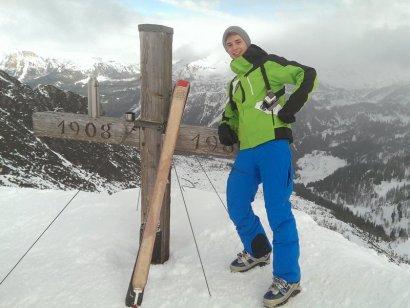 Geschafft: der erste Schigipfel. Paul am Spirzinger (2.066m)