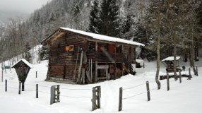 Das Ebenhäusl bei wenig, aber genug Schnee