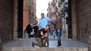 Ratlosigkeit am Stadttor und Zugang zum Altstadt-Viertel El Carmen